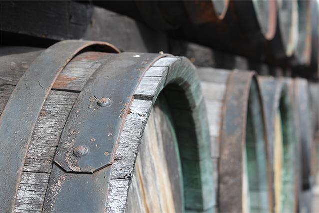 Objem dreveného suda je cca 300 l